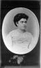 Ritratto fotografico femminile di fine Ottocento